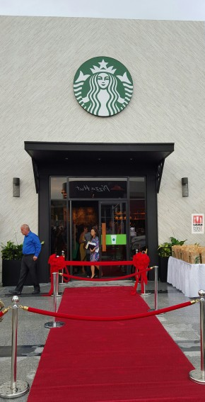 Starbucks opens in SouthPark Shopping Centre (San Fernando, Trinidad)!